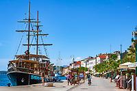 Croatia, Kvarner Gulf, Losinj Island, Mali Losinj: main town on island and popular resort | Kroatien, Kvarner Bucht, Insel Losinj, Mali Losinj: Hauptort der Insel und Fremdenverkehrszentrum mit Hafen