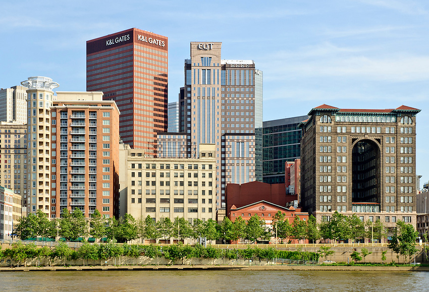 View of downtown Pittsburgh from the North Shore of the Allegheny River