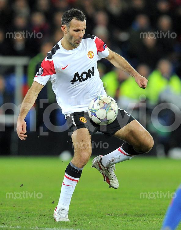 FUSSBALL   CHAMPIONS LEAGUE   SAISON 2011/2012     07.12.2011 FC Basel - Manchester United Ryan Giggs (Manchester United FC)
