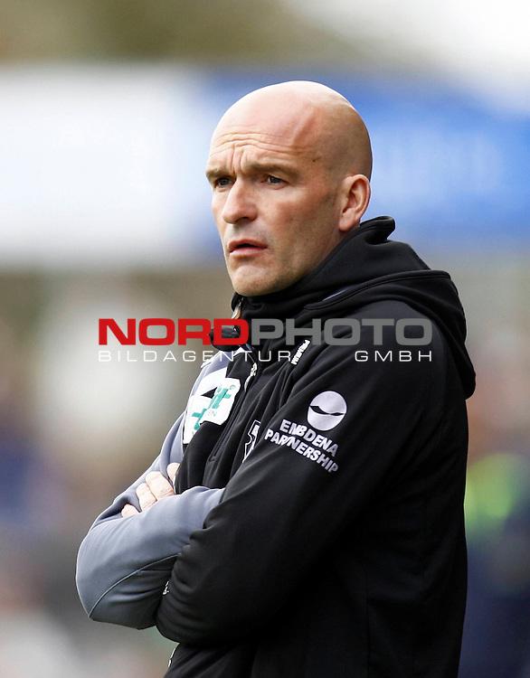 RLN 2007/2008 32. Spieltag  R&uuml;ckrunde<br /> BSV Kickers Emden -  VfB L&uuml;beck<br /> Kickers Emden - Trainer Stefan Emmerling<br /> Foto &copy; nph (  nordphoto  )<br /> <br /> <br /> <br />  *** Local Caption ***