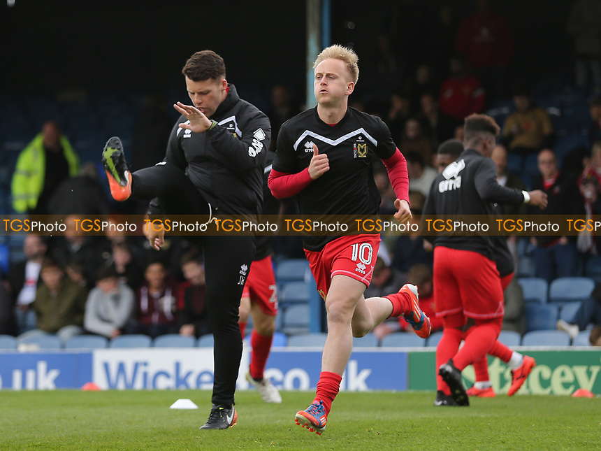 Ben Reeves warms up pre-match during Southend United vs MK Dons, Sky Bet EFL League 1 Football at Roots Hall on 17th April 2017