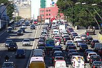 São Paulo (SP), 01/08/2019 - Trânsito / São Paulo -  Trânsito intenso de veículos no Viaduto Júlio de Mesquita Filho, no sentido Zona Leste, na manhã desta quinta-feira, 1. ( Foto Charles Sholl/Brazil Photo Press/Agencia O Globo) São Paulo