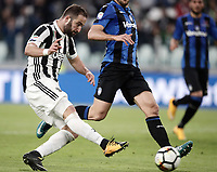 Calcio, Serie A: Juventus - Atalanta, Torino, Allianz Stadium, 14 marzo 2018. <br /> Juventus' Gonzalo Higuain scores during the Italian Serie A football match between Juventus and Atalanta at Torino's Allianz stadium, March 14, 2018.<br /> UPDATE IMAGES PRESS/Isabella Bonotto