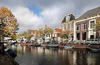 Huizen aan de Oudegracht in Alkmaar