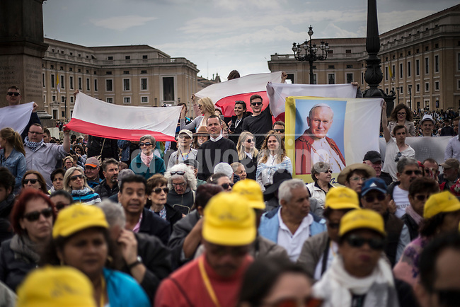 Pope Francis during his appearance during  his meeting with the people at San Peters Square , Vatican city