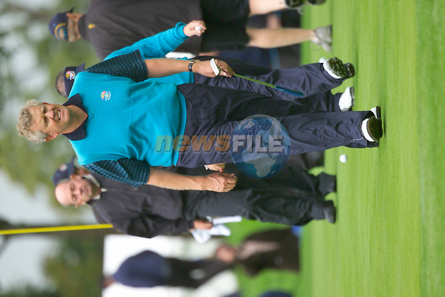 20th September, 2006. European Ryder Cup team member Colin Montgomerie practice on the 11th green on Practice Day 2 of the Palmer Course at the K Club..Photo: Eoin Clarke/ Newsfile.