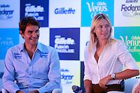 ATENÇÃO EDITOR: FOTO EMBARGADA PARA VEÍCULOS INTERNACIONAIS. SAO PAULO, SP, 06 DE DEZEMBRO DE 2012. APRESENTAÇÃO DO TORNEIO GILLETTE FEDERER TOUR.  os tenistas Roger Federer e  Maria Sharapova durante a apresentação do novo torneio Gillette Federer Tour,  na manhã desta quinta feira na zona sul da capital paulista. O Gillette Federer Tour reunirá, durante quatro dias, o melhor do tênis mundial, no Ginásio do Ibirapuera, de 6 a 9 de dezembro, com a participação de grandes estrelas como Roger Federer, Tommy Haas, Thomaz Bellucci, Jo-Wilfried Tsonga, Tommy Robredo, Victoria Azarenka, Maria Sharapova, Serena Williams, Caroline Wozniacki, Bob e Mike Bryan e Marcelo Melo e Bruno Soares.  FOTO ADRIANA SPACA - BRAZIL PHOTO PRESS Maria Sharapova durante a apresentação do novo torneio Gillette Federer Tour,  na manhã desta quinta feira na zona sul da capital paulista. O Gillette Federer Tour reunirá, durante quatro dias, o melhor do tênis mundial, no Ginásio do Ibirapuera, de 6 a 9 de dezembro, com a participação de grandes estrelas como Roger Federer, Tommy Haas, Thomaz Bellucci, Jo-Wilfried Tsonga, Tommy Robredo, Victoria Azarenka, Maria Sharapova, Serena Williams, Caroline Wozniacki, Bob e Mike Bryan e Marcelo Melo e Bruno Soares.  FOTO ADRIANA SPACA - BRAZIL PHOTO PRESS