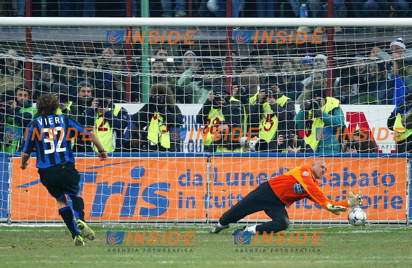 Milano 12/2/2004 Coppa Italia - Italy Cup - Semifinale <br /> Inter - Juventus 2-2 (6-7 after penalties) <br /> Christian Vieri (Inter) sbaglia il rigore decisivo<br /> Photo Andrea Staccioli Insidefoto