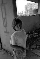 Roma, il Quartiere popolare e popoloso Tor Bella Monaca.Bambini.Rome, the popular and populous Tor Bella Monaca.Children