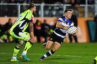 George Ford of Bath Rugby passes the ball. Aviva Premiership match, between Bath Rugby and Sale Sharks on October 7, 2016 at the Recreation Ground in Bath, England. Photo by: Patrick Khachfe / Onside Images