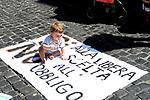 Vaccini,protesta al Pantheon contro l'obbligatorietà