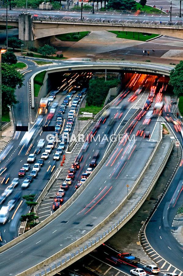 Tunel no Vale do Anhangabaú. São Paulo. 2007. Foto de João Caldas.
