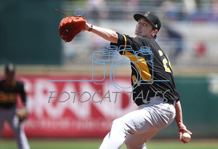 Salt Lake Bees' Tim Lincecum pitches against the Reno Aces at Greater Nevada Field in Reno, Nev., on Tuesday, June 7, 2016. <br /> Photo by Cathleen Allison