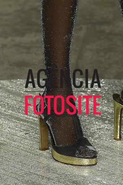 Rio de Janeiro, Brasil – 17/01/2007 - Detalhes do desfile de Eliza Conde durante o Fashion Rio - Inverno 2007. Foto: Olivier Claisser