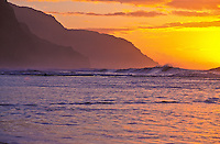 Ke'e beach at sunset, at the far northern tip at the end of the road on the island of Kauai