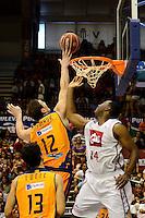 Temporada 2014 - 15 Liga ACB<br /> <br /> Presentaci&oacute;n Valencia Basket <br /> <br /> Amistoso Valencia Basket Club vs Cai Zaragoza<br /> <br /> Serhiy Lishchuck vs Marcus Landry