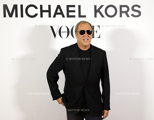 "November 13, 2017, Tokyo, Japan - American fashion designer Michael Kors poses for photo as he attends a charity dinner against hunger ""Michael Kors Watch Hunger Stop Charity Gala Dinner"" in Tokyo on Monday, November 13, 2017.     (Photo by Yoshio Tsunoda/AFLO) LWX -ytd-"