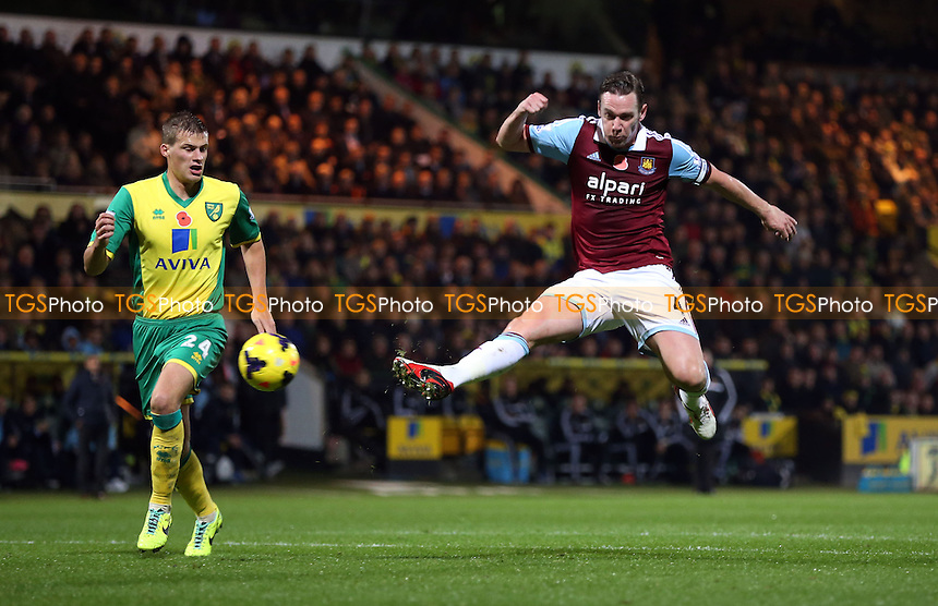 Kevin Nolan of West Ham goes close in the 1st half - Norwich City vs West Ham United, Barclays Premier League at Carrow Road, Norwich - 09/11/13 - MANDATORY CREDIT: Rob Newell/TGSPHOTO - Self billing applies where appropriate - 0845 094 6026 - contact@tgsphoto.co.uk - NO UNPAID USE