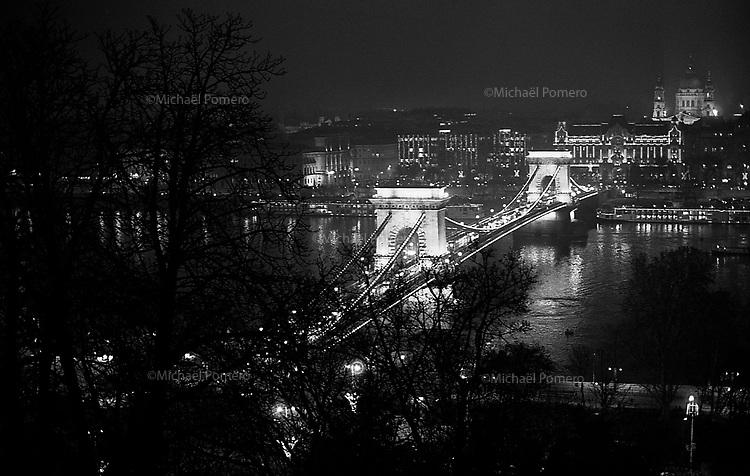 (19...25).12. 2013     Budapest (Hungary)<br /> <br /> Pont Elisabeth.<br /> <br /> Elisabeth bridge.