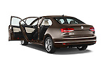 Car images of a 2015 Volkswagen Jetta 2.5L SEL 4 Door Sedan Doors