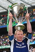 19.05.2012 Twickenham, London. Rugby Union. Leinster Rugby v Ulster Rugby. Leinster captian Leo CULLEN holds the Heineken Cup aloft after his team's 42-14 victory over Ulster.