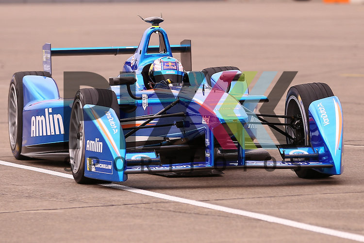 Berlin, 23.05.2015, Motorsport, FIA Formel E Championship, Formel E DHL Berlin ePrix, 8. Rennen : Antonio Felix da Costa (Amlin Aguri, #55)<br /> <br /> Foto &copy; P-I-X.org *** Foto ist honorarpflichtig! *** Auf Anfrage in hoeherer Qualitaet/Aufloesung. Belegexemplar erbeten. Veroeffentlichung ausschliesslich fuer journalistisch-publizistische Zwecke. For editorial use only.