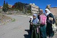 Crianças escolares no vilarejo de Manakha. Yemen. 2008. Foto de Caio Vilela.
