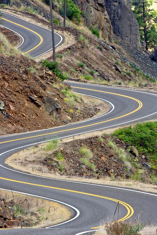Road along Hell's Canyon Reservoir. Idaho/Oregon