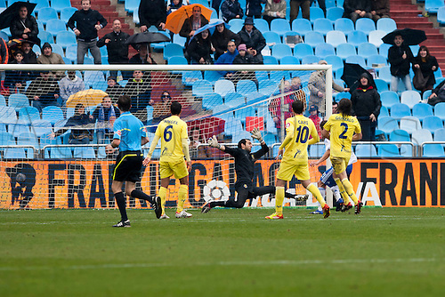 04.03.2012, Zaragoza,Spain, Real Zaragoza 2 - 1 Villarreal,  Real Zaragozas  Abraham scores a goal for his team during the Spanish League match played between Real Zaragoza and Villarreal at La Romareda Stadium.