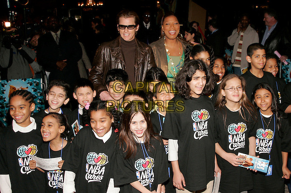 "QUEEN LATIFAH & DENIS LEARY & KIDS.The New York Premiere of ""Ice Age: The Meltdown""  at Ziegfeld Theatre, New York, NY, USA..March 28th, 2006.Photo: Jackson Lee/Admedia/Capital Pictures.Ref: JL/ADM.2 two Dennis half length nba cares t shirst fans children.www.capitalpictures.com.sales@capitalpictures.com.© Capital Pictures."