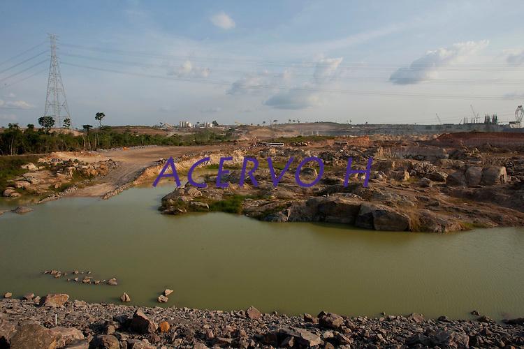 Implantação da Unidade Hidrelátrica de Belo Monte e a cidade de Altamira, uma das principais atingidas pela implantação do projeto, <br /> Altamira, Pará, Brasil.<br /> Foto Paulo Santos<br /> 09/11/2013