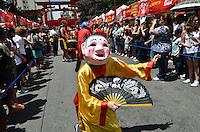 ATENCAO EDITOR IMAGEM EMBARGADA PARA VEICULOS INTERNACIONAIS - SAO PAULO, 02 DE FEVEREIRO DE 2013. - ANO NOVO CHINES SP  - Comemoracoes da chegada do ano novo chines, no bairro da Liberdade, na manha deste sabado, 02, regiao central da capital.  (FOTO: ALEXANDRE MOREIRA / BRAZIL PHOTO PRESS).