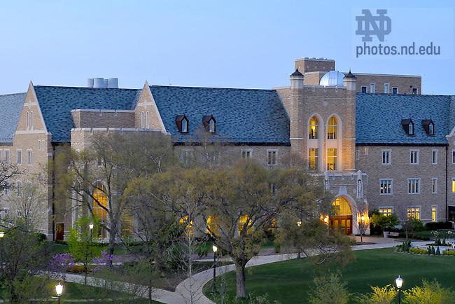 Jordan Hall of Science<br /> <br /> Photo by Matt Cashore/University of Notre Dame