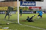 Atlético Bucaramanga consiguió su primera victoria como local en la Liga Águila I-2016 al vencer 2-1 a La Equidad.