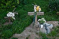 Lampedusa, il cimitero dei senza nome.