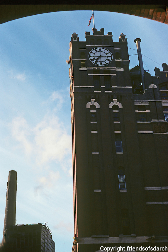 St. Louis: Anheuser-Busch Brew House. Photo '78.