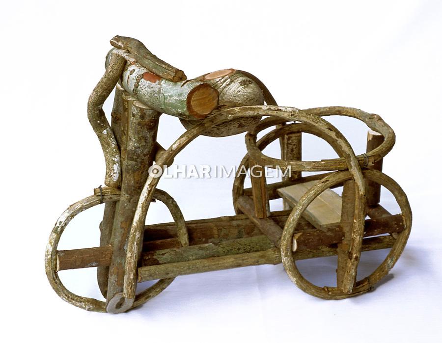 Triciclo em cipó, artesanato paraense. Foto de João Caldas.