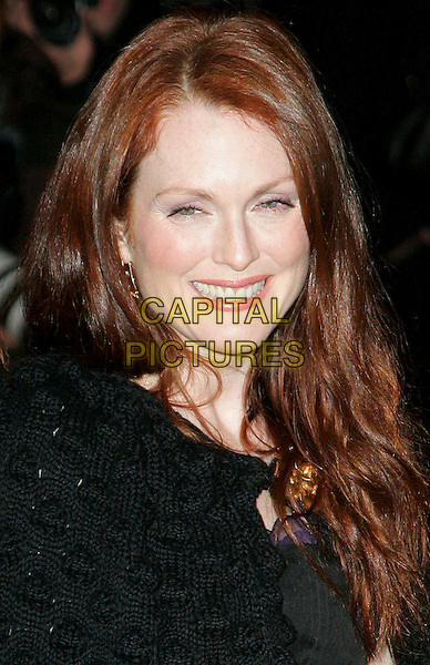 "JULIANNE MOORE & BART FREUNDLICH (?).At Fashion Group International 23rd Annual Night of Stars Honoring ""The Visionaries"" at Cipriani 42nd, New York, New York, USA..October 26th, 2006.Ref: ADM/JL.headshot portrait.www.capitalpictures.com.sales@capitalpictures.com.©Jackson Lee/AdMedia/Capital Pictures."