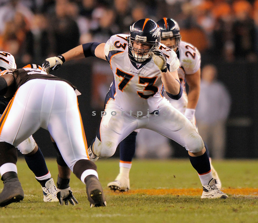 CHRIS KUPER, of the Denver Broncos , in action against the Cleveland Browns  during the Broncos game in Cleveland, OH on November 6, 2008. ..Broncos  win 34-30