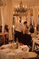 Europe/France/Provence-Alpes-Côte d'Azur/06/Alpes-Maritimes/Cannes:  Restaurant: La Petite Maison de Nicole au Majestic