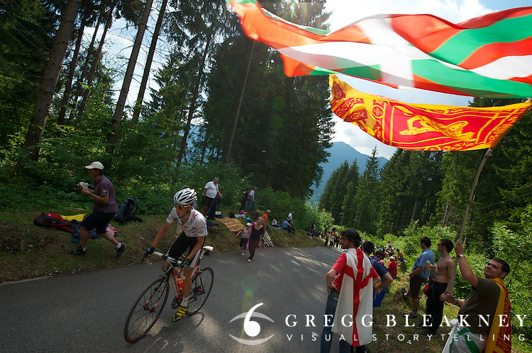 Fans cheered enthusiast riders as well as the pros on the Zoncolan today.