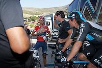 Alejandro Valverde have words with the director of Sky Procycling Team Nicolas Portal in presence of Rigoberto Uran during the stage of La Vuelta 2012 between Barakaldo and Valdezcaray.August 21,2012. (ALTERPHOTOS/Paola Otero) /NortePhoto.com