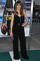 """WESTWOOD, LOS ANGELES, CA, USA - APRIL 07: Jennifer Garner at the Los Angeles Premiere Of Summit Entertainment's """"Draft Day"""" held at the Regency Bruin Theatre on April 7, 2014 in Westwood, Los Angeles, California, United States. (Photo by Xavier Collin/Celebrity Monitor)"""