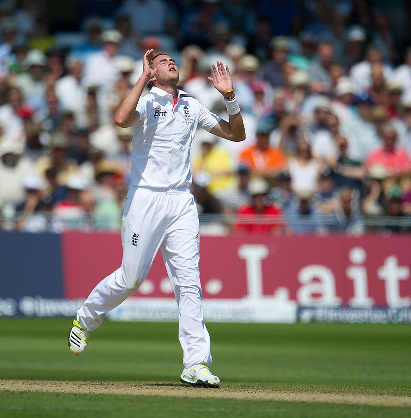England's Stuart Broad sees Australia's Ashton Agar lose his wicket to finish his teams first innings - AC Agar c Swann b Broad 98<br /> <br />  (Photo by Stephen White/CameraSport) <br /> <br /> International Cricket - First Investec Ashes Test Match - England v Australia - Day 2 - Thursday 11th July 2013 - Trent Bridge - Nottingham<br /> <br /> &copy; CameraSport - 43 Linden Ave. Countesthorpe. Leicester. England. LE8 5PG - Tel: +44 (0) 116 277 4147 - admin@camerasport.com - www.camerasport.com