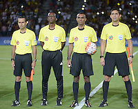 IBAGUÉ -COLOMBIA, 08-06-2015. Los arbitros del encuentro entre posa para una foto previo al partido entre Deportes Tolima de Colombia y Deportivo La Guaira de Venezuela de la primera fase, llave G12 de la Copa Sudamericana 2016 jugado en el estadio Manuel Murillo Toro de la ciudad de Ibagué./ The referees of the game pose toa photo prior the match between Deportes Tolima of Colombia and Deportivo La Guaira of Venezuela for the first phase, Kye G12, of the South American Cup 2016 played at Manuel Murillo Toro stadium in Ibague city. Photo: VizzorImage / Juan Carlos Escobar / Str