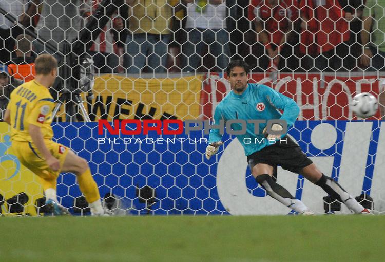 FIFA WM 2006 -  Round of Sixteen - / Viertelfinale <br /> Play    #54  (26. Juni ) Schweiz - Ukraine<br /> <br /> Sheriy Rebrov (UKR) schiesst das 0-2 im Elfmeterschiessen<br /> <br /> Foto &copy; nordphoto