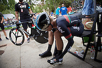 every detail counts: Vasil Kiryienka (BLR/SKY) putting his overshoes on before the start<br /> <br /> stage 17: Burgos-Burgos TT (38.7km)<br /> 2015 Vuelta &agrave; Espana