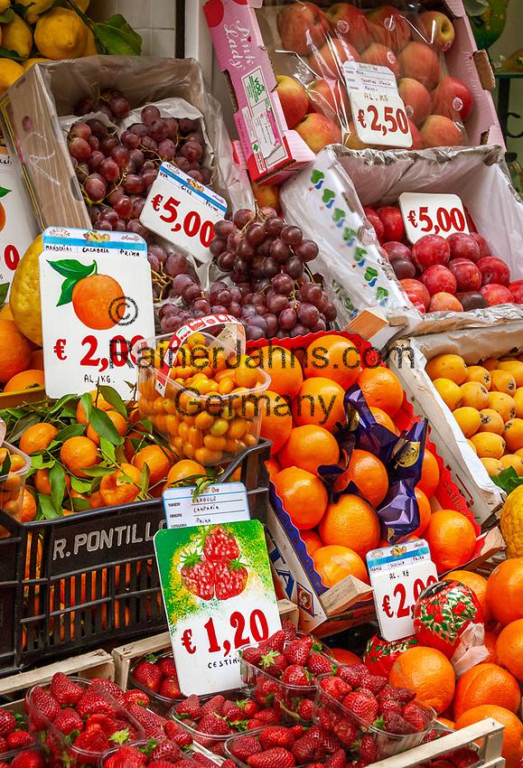 Italien, Kampanien, Sorrentinische Halbinsel, Amalfikueste, Amalfi: lokale Fruechte | Italy, Campania, Sorrento Peninsula, Amalfi Coast, Amalfi: local fruit