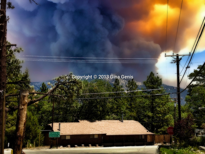 Mountain Center fire as seen from Pine Cove Road and Highway 243 as the wind shifts towards Idyllwild/Pine Cove on July 17, 2013. Photo taken 4 hours before mandatory evacuation of Idyllwild.