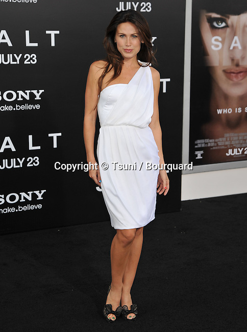 Vail Bloom <br /> Salt Premiere at the Chinese Theatre In Los Angeles.